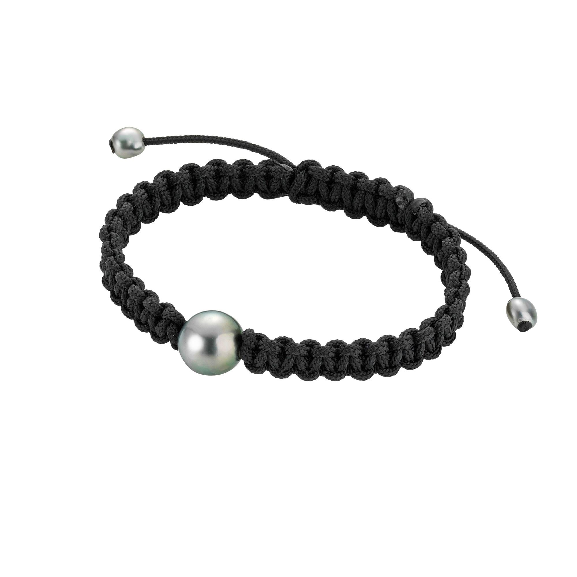 Makramee-Armband mit Zuchtperlen