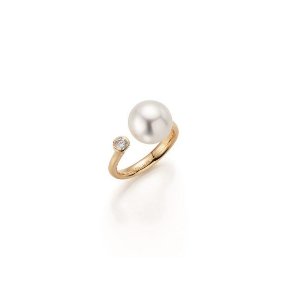 Ring aus Gelbgold mit Südsee-Zuchtperlen und Diamant