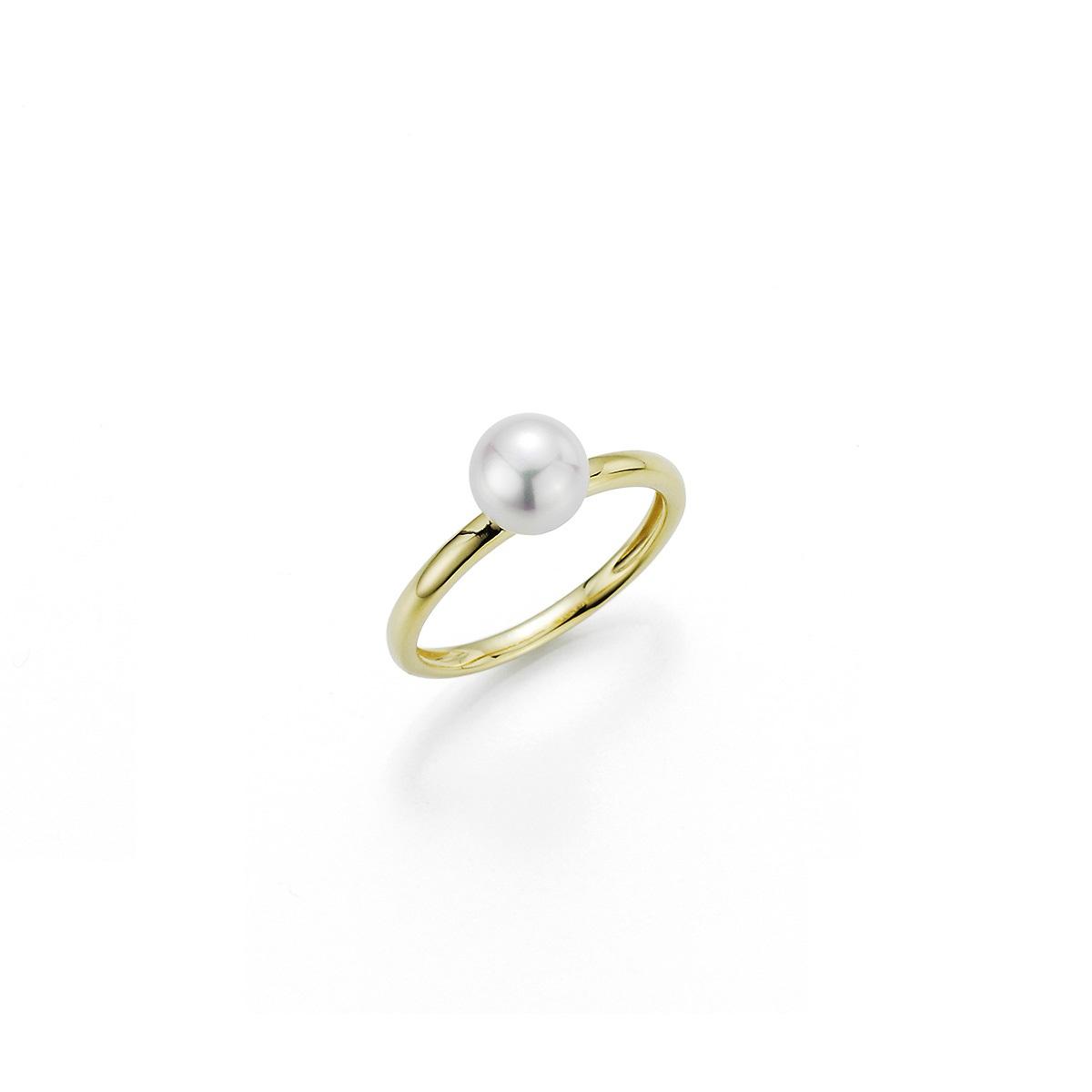 Ring aus Gelbgold mit Zuchtperle
