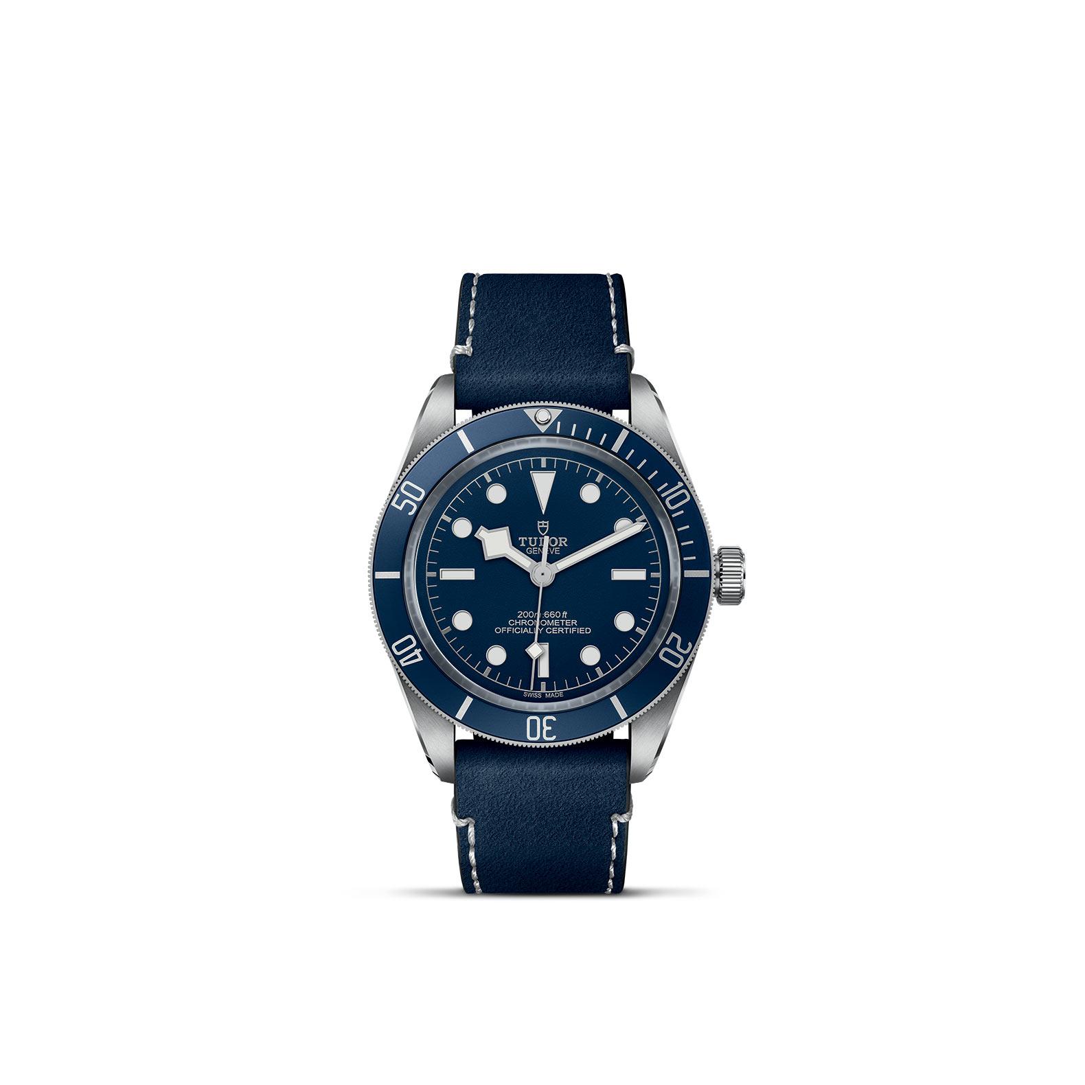 Tudor Black Bay Fifty-Eight mit Edelstahlgehäuse und Soft Touch Band und blauem Zifferblatt