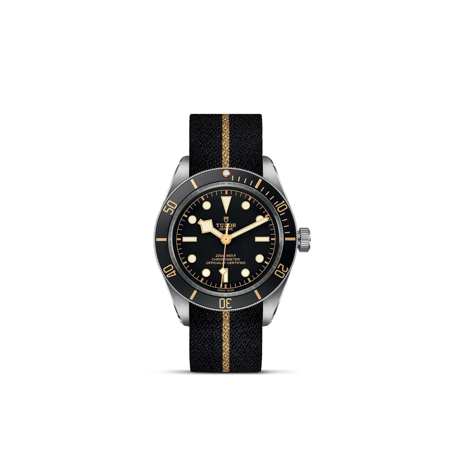 Tudor Black Bay Fifty-Eight mit Edelstahlgehäuse und Textilband und schwarzem Zifferblatt