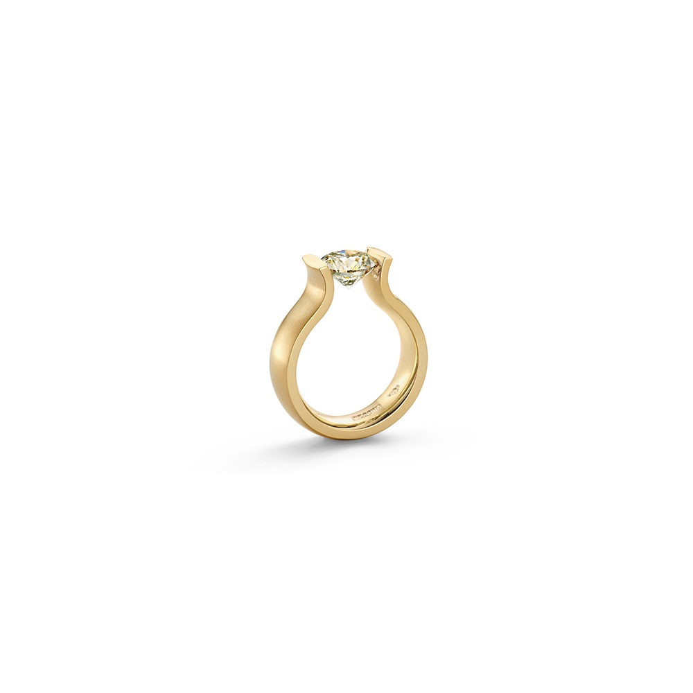 Niessing Spannring Lucia aus Classic Yellow Gold mit Brillant