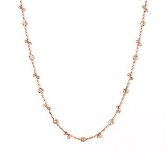 Collier aus Roségold mit Diamanten